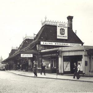 Ealing Broadway station - 1947