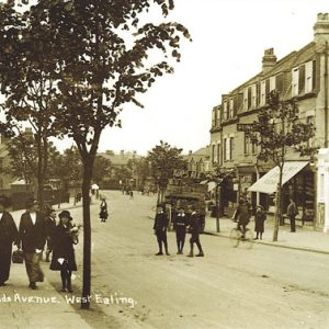 Northfield Avenue and Elite Cinema – 1918