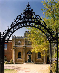 Pitzhanger Manor and Walpole Park